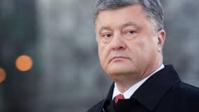 Petro Poroşenko a îndemnat-o pe Angela Merkel să sprijine o înăsprire a sancțiunilor împotriva Rusiei