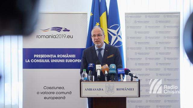 Ambasada României la Chișinău îndeamnă cetățenii români să se asigure că dețin acte de identitate valabile, pentru a putea vota duminică