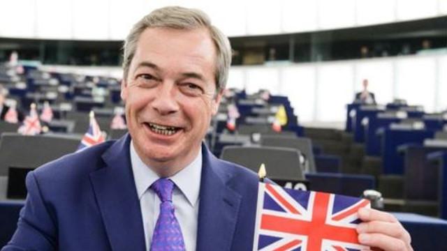 Regatul Unit, spre o ieșire dură din UE după victoria Partidului Brexit