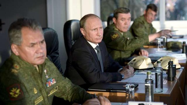 Senatorii ruşi se declară dezamăgiţi de apelul lui Zelenski cu privire la înăsprirea sancţiunilor la adresa Rusiei