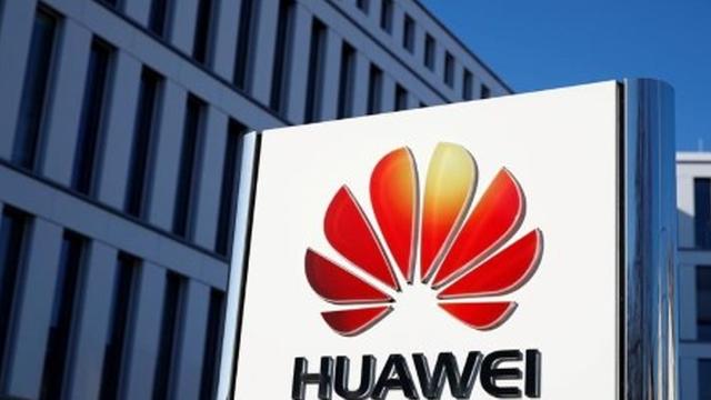 Reacția Huawei, după decizia Google de a suspenda cooperarea cu firma chineză