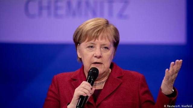 Angela Merkel: Europa trebuie să se repoziţioneze pentru a putea răspunde provocărilor din partea celor trei rivali globali ai săi