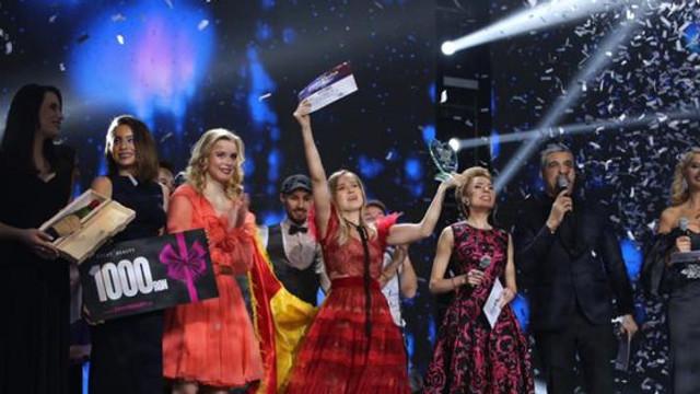EUROVISION 2019 | Cine este Ester Peony, artista care reprezintă România diseară la Tel Aviv