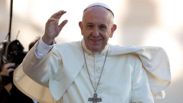 Suveranul Pontif a rostit Tatăl nostru în Catedrala Neamului din București, la slujba ortodoxă