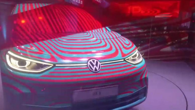 Un nou model de maşină electrică dă viaţă unei noi ere a mobilităţii electrice