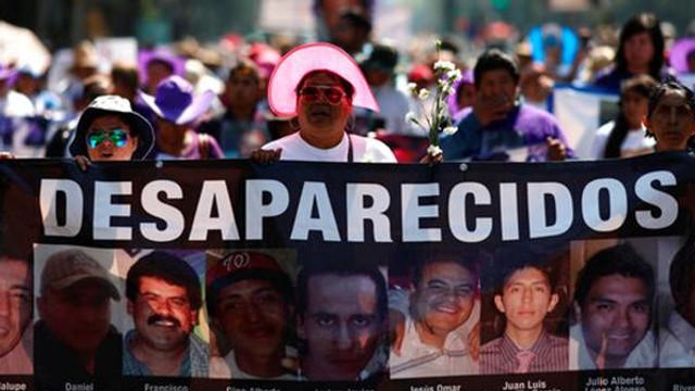 2.000 de mame au ieșit în stradă, în Mexic, pentru a protesta față de dispariția unor copii