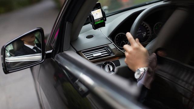 Sunt obligați sau nu șoferii să-și schimbe permisul de conducere vechi pe cel de tip nou