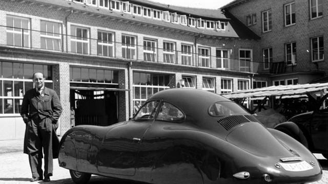 FOTO/VIDEO | Cel mai vechi Porsche va fi scos la licitaţie, exemplarul datează înainte de cel de-al Doilea Război Mondial
