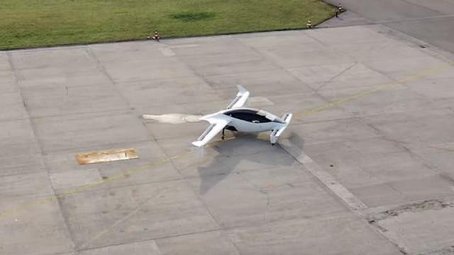 VIDEO | Un taxi zburător, testat cu succes de o firmă din Germania
