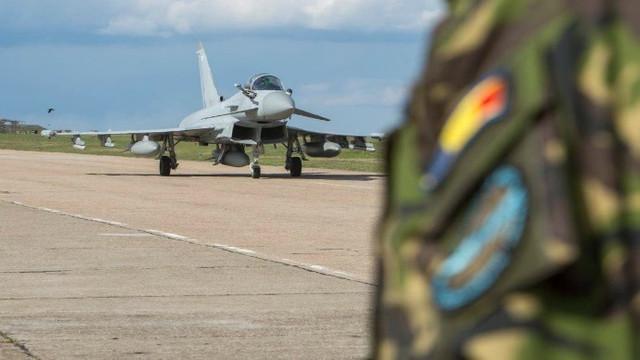 Exercițiu militar multinațional la Baza Aeriană Boboc, în România