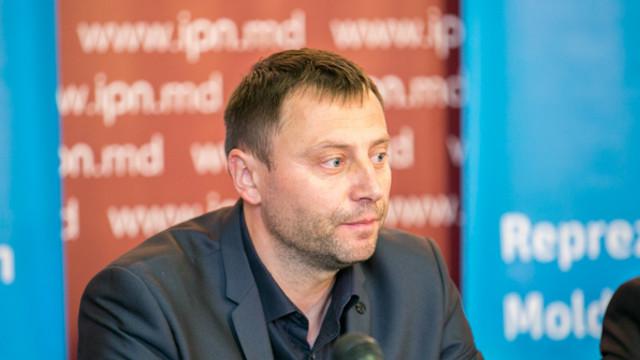 Expert, despre opțiunile din sondajul de astăzi privind alianța de guvernare | Se caută soluții cum să fie oficializată o coaliție PSRM-PDM