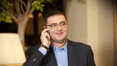 FOTO/VIDEO | Renato Usatîi, aclamat de susținători și reținut în vama Sculeni, la întoarcerea sa în R.Moldova