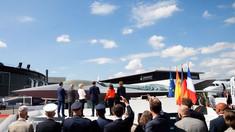 Un model de avion militar INVIZIBIL european a fost  prezentat de Emmanuel Macron la cel mai mare miting aviatic din lume
