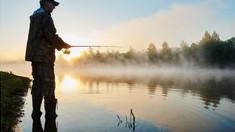 Prohibiţia la pescuit a expirat, cu excepţia speciilor incluse în Cartea Roşie