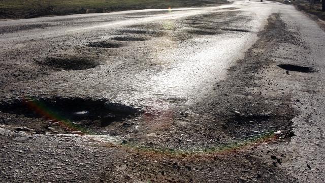 """Programul """"Drumuri bune"""" sau """"regii asfaltului"""" care au câștigat primele contracte din 2019 (Mold-Street)"""