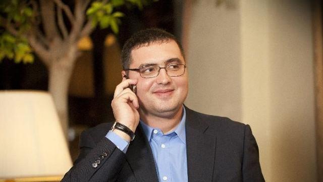 FOTO/VIDEO   Renato Usatîi, aclamat de susținători și reținut în vama Sculeni, la întoarcerea sa în R.Moldova