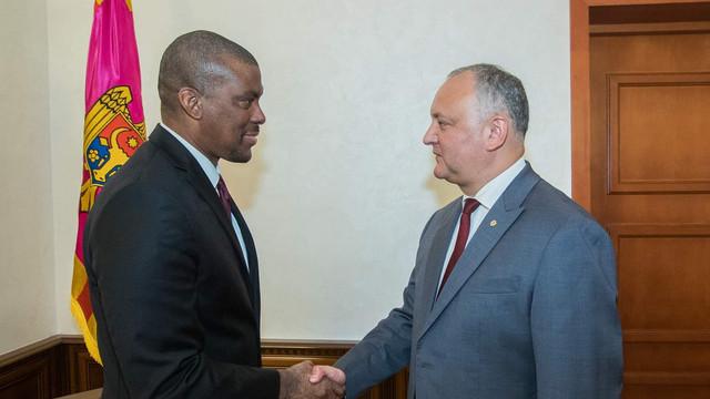 Igor Dodon s-a întâlnit, din nou, cu ambasadorul SUA în R.Moldova, Dereck J. Hogan