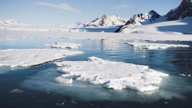 O primă gaură de ozon identificată deasupra Arcticii