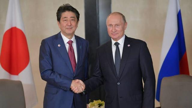 Autorităţile ruse şi nipone pregătesc întrevederea Putin-Abe, care va avea loc în marja summitului G20