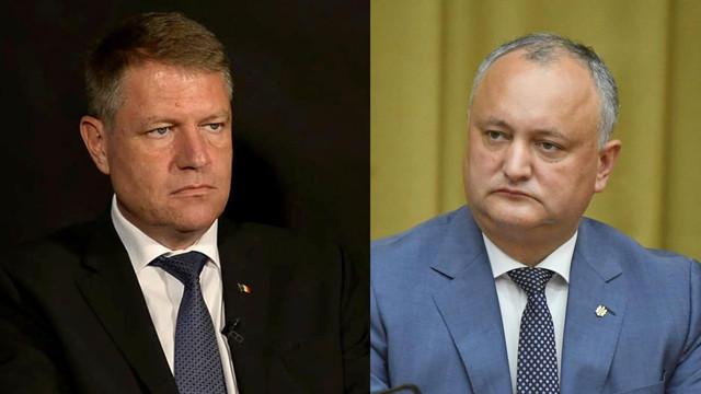 Igor Dodon a discutat la telefon cu Klaus Iohannis pe care l-a invitat să efectueze o vizită în R.Moldova