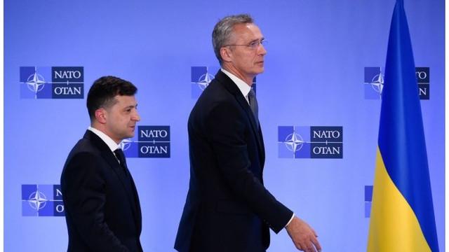 Zelenski: Ucraina va adera la NATO doar după o consultare populară