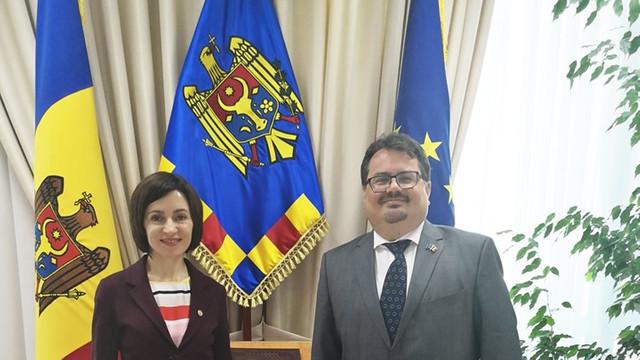 UE este gata să redeschidă discuțiile cu privire la asistența macrofinanciară, Maia Sandu