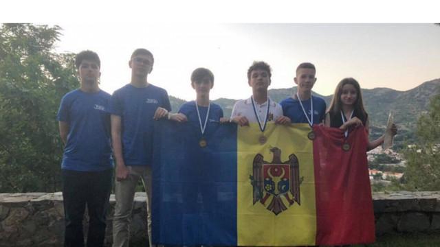 Elevi din R.Moldova au obținut medalii de argint și bronz la Olimpiada Balcanică de Matematică