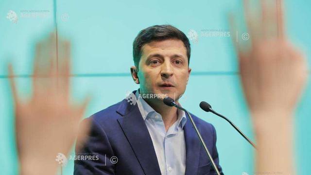 Partidul noului preşedinte al Ucrainei conduce în sondaje pentru alegerile parlamentare
