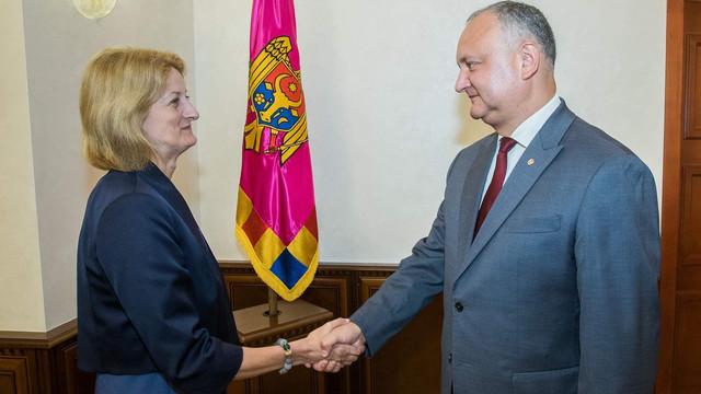 Igor Dodon a avut o întrevedere cu ambasadoarei Marii Britanii și a Irlandei de Nord în R.Moldova