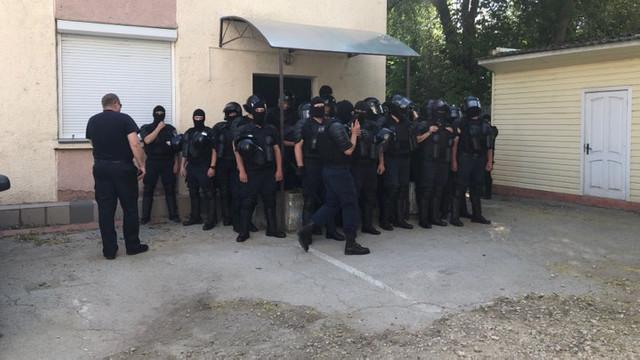 Mai mulți angajați ai INI, suspendați din funcție după ce au anunțat că susțin Guvernul Sandu. Andrei Năstase nu a fost lăsat să intre în instituție de către Alexandru Pânzari