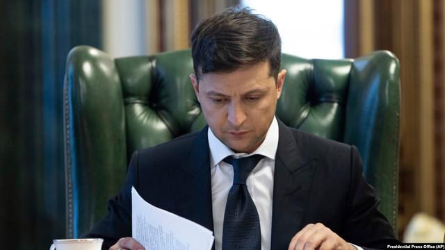 Autorităţile de la Kiev intenționează să ajungă la o înţelegere pentru a purta convorbiri cu Moscova