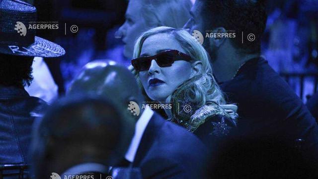 Madonna a pierdut în justiţie dreptul de a retrage de la licitaţie obiecte personale, printre care o scrisoare de la Tupac Shakur