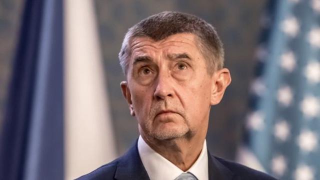 La 30 de ani de la revoluția de catifea, cehii cer demisia premierului