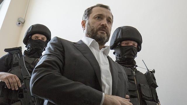 Fostul premier Vlad Filat vrea să colaboreze, din închisoare, cu comisia de anchetă privind furtul miliardului