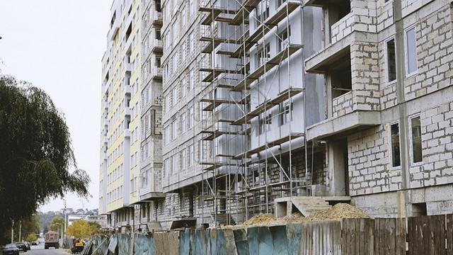 Moratoriu pe construcții   În Chișinău ar putea să nu se mai construiască blocuri locative noi, iar cele în desfășurare vor fi stopate