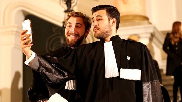 Comportamentul judecătorilor – restricții și reguli atât în viața profesională, cât și în cea personală (Bizlaw)
