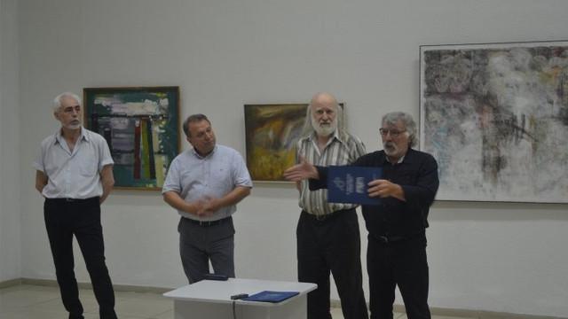 """O expoziţie de artă plastică în memoria celor deportaţi a fost vernisată la Centrul """"C. Brâncuşi"""" din Capitală"""