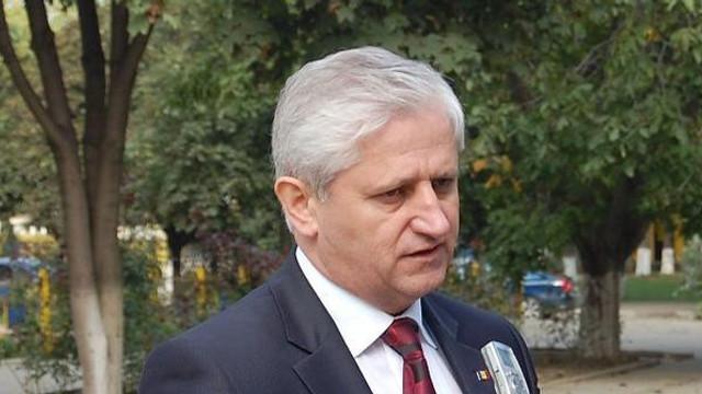 """Valeriu Cosarciuc: """"Noi aici în R.Moldova așteptăm că o să vină știți, o companie care este monopolistă și o să ne facă fericiți. Nu, trebuie singuri să căutăm soluții"""""""