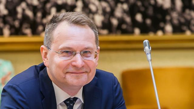 Președintele Curții Constituționale a Lituaniei este nedumerit de deciziile luate de Curtea Constituțională  de la Chișinău
