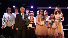 """Pianista Ecaterina Baranov invită la un concert al elevilor francezi de la Conservatorul """"George Gershwin"""", aflați la Chișinău"""