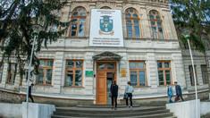 Taxe de studii usturătoare la universitățile din R.Moldova. Surpriza - Academia de Arte. Aflați facultatea