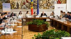 Maia Sandu, în prezența a doi experți internaționali anticorupție: Cetățenii R.Moldova își doresc pedepsirea corupților