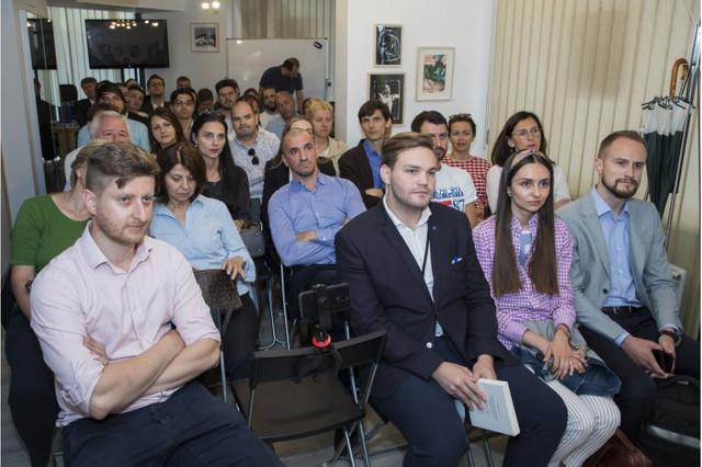Maia Sandu, către diasporă: Vă invit să concurați pentru funcții publice la Chișinău. Sunteți acei profesioniști integri de care avem nevoie în funcții-cheie