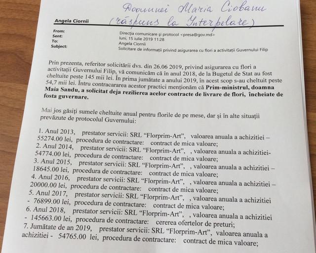 DOC   Guvernul Filip a chetuit o sumă record pentru a cumpăra flori