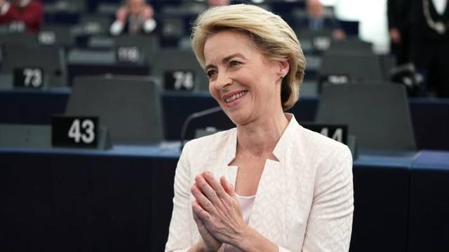 Prima femeie care ocupă funcţia de preşedinte al Comisiei Europene. Ursula von der Leyen a primit votul favorabil la limită