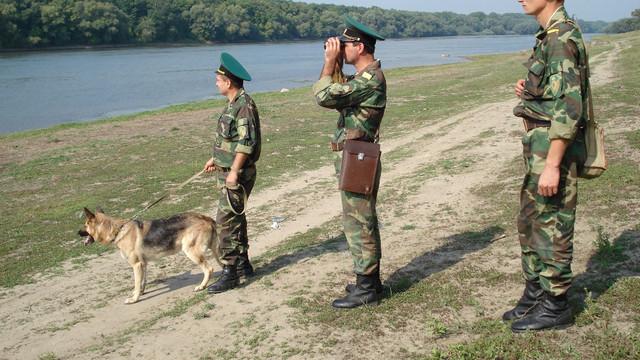 Grănicerii transnistreni asigură protecția contrabandiștilor (REVISTA PRESEI)