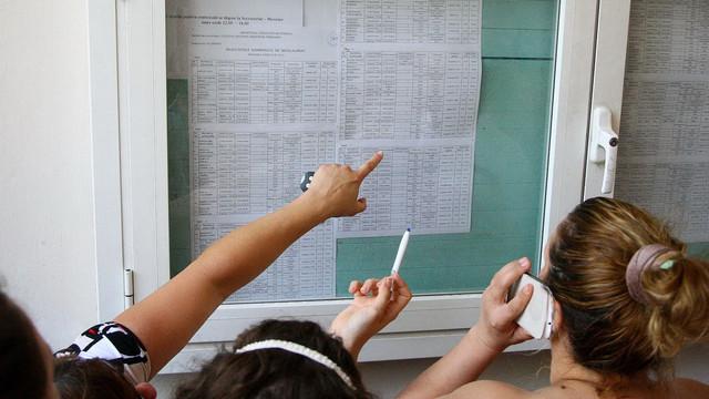 """Au contestat și au primit punctajul maxim la BAC. Cine sunt cele șapte eleve care au luat """"10"""" la toate testele"""