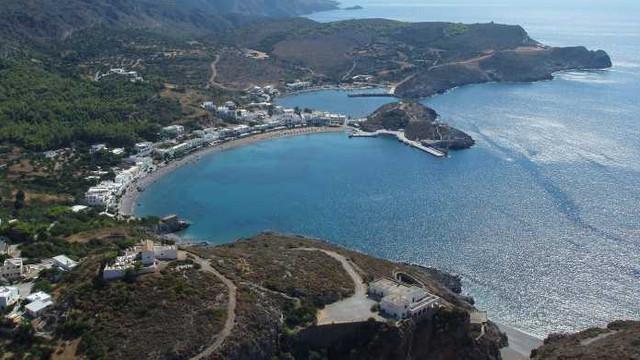 O insulă din Grecia își caută locuitori. Suma de bani plătită lunar și beneficiile oferite viitorilor rezidenți