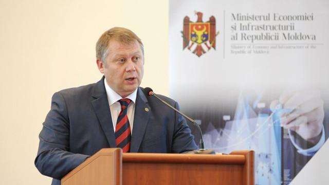 Ministrul Economiei a denunțat scheme de corupție: Cum se cereau taxe suplimentare pentru marfa transportată prin CFM