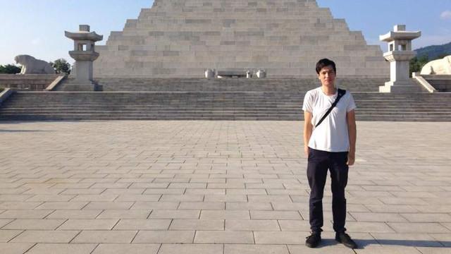 Australianul Alek Sigley, arestat în Coreea de Nord, a fost eliberat și se află în siguranță